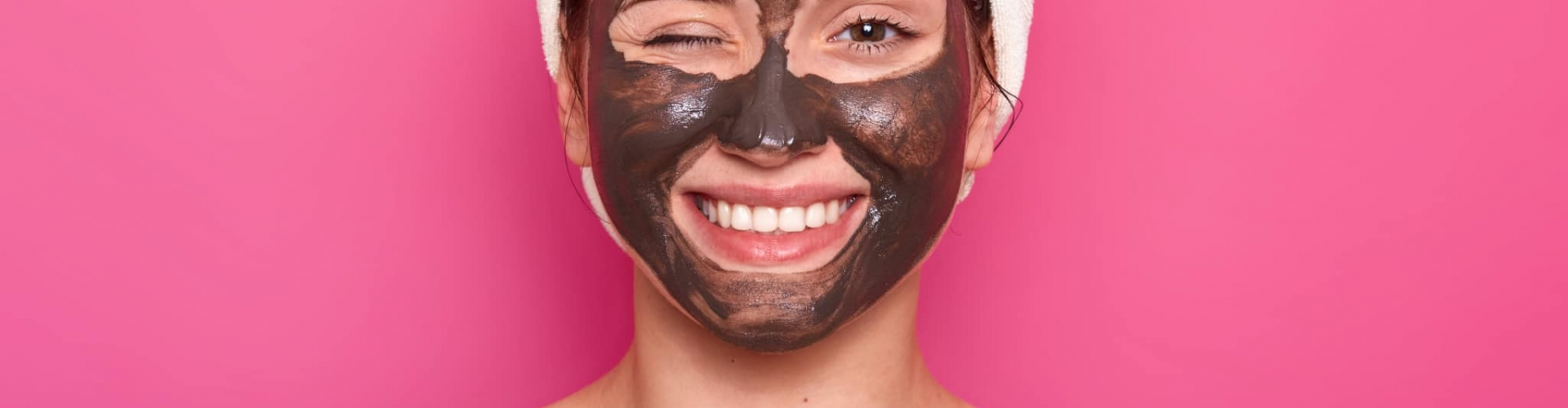 femme routine beauté masque anti imperfections